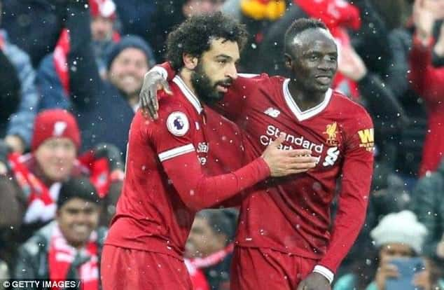 Ang. : Liverpool enchaîne, Salah voit double !